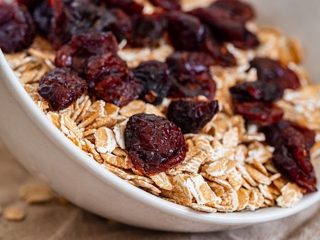 dried fruit on oatmeal